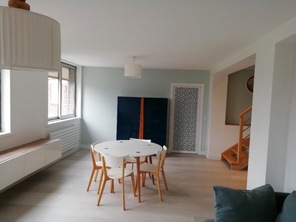 En exclusivité, beau duplex, 3 chambres, parking