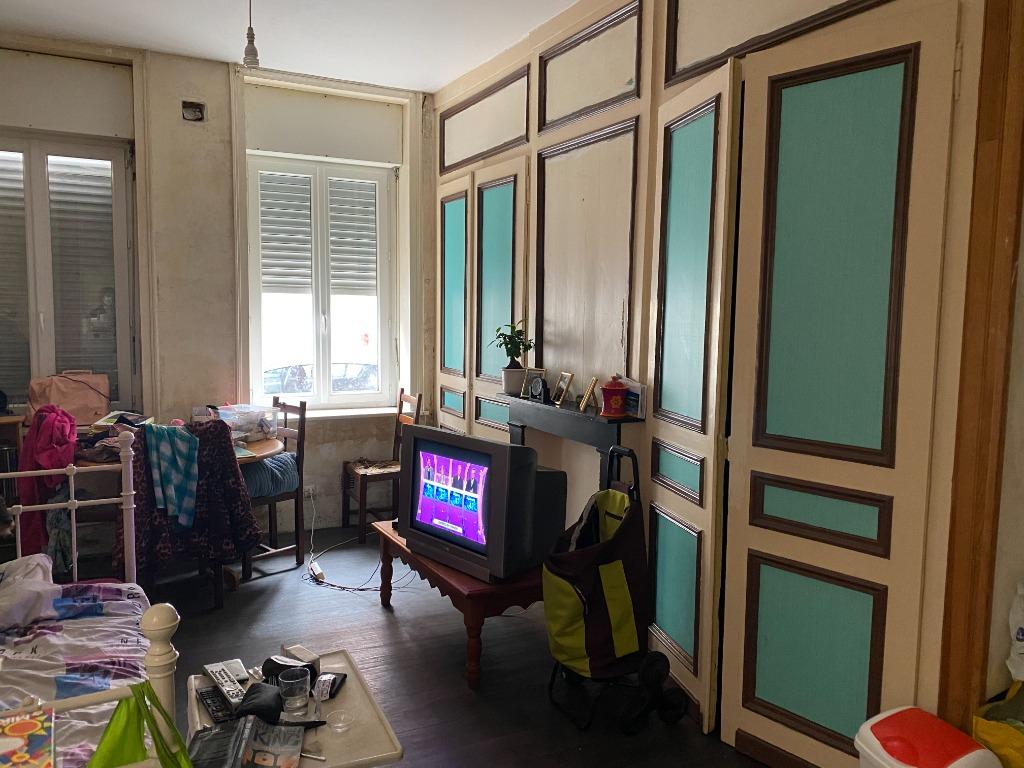 Appartement vendu loué à Travaux