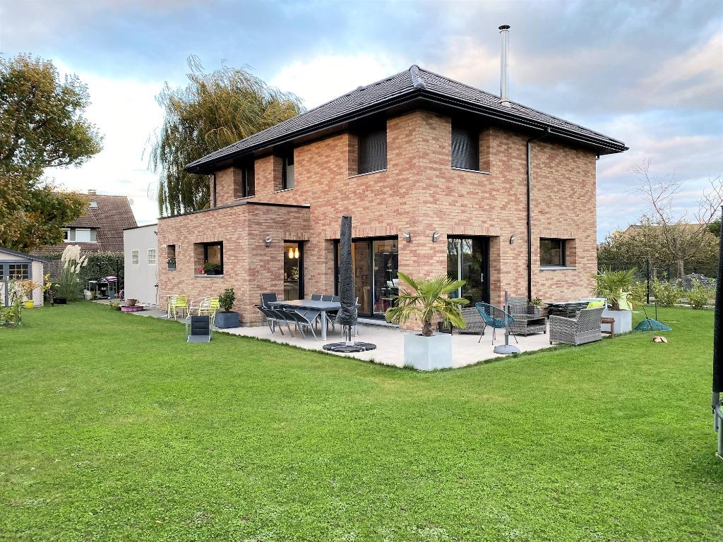 Vente maison - TEMPLEUVE EN PEVELE - Maison cubique de 2017 avec 4 Chambres