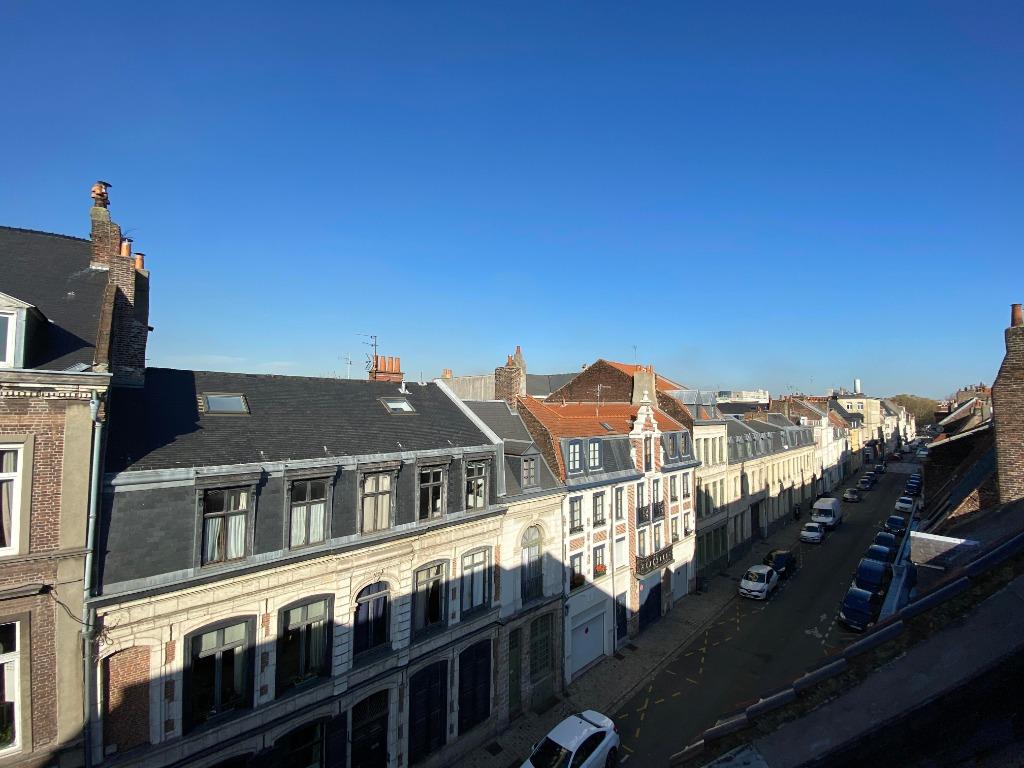 Vente appartement 59000 Lille - Superbe T2 rénové dans résidence de services