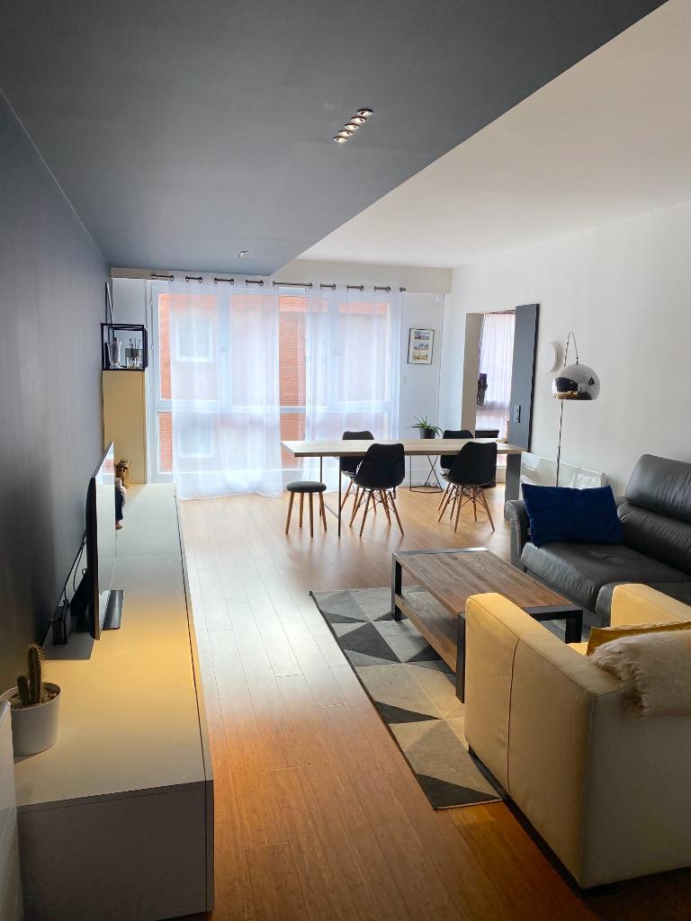 Vente appartement - Magnifique appartement Type 4 entièrement rénové avec garage
