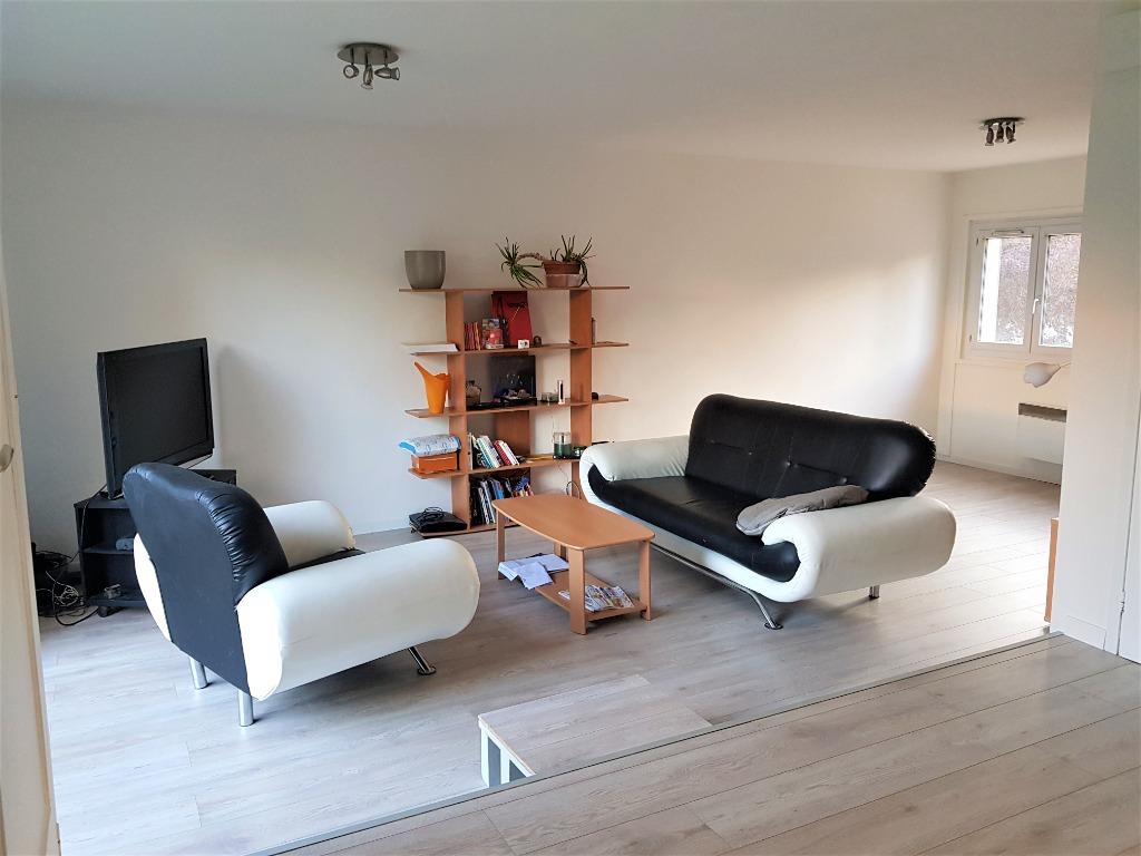 Vente maison 59650 Villeneuve d ascq - Maison 3 chambres jardin garage -  à proximité des lacs