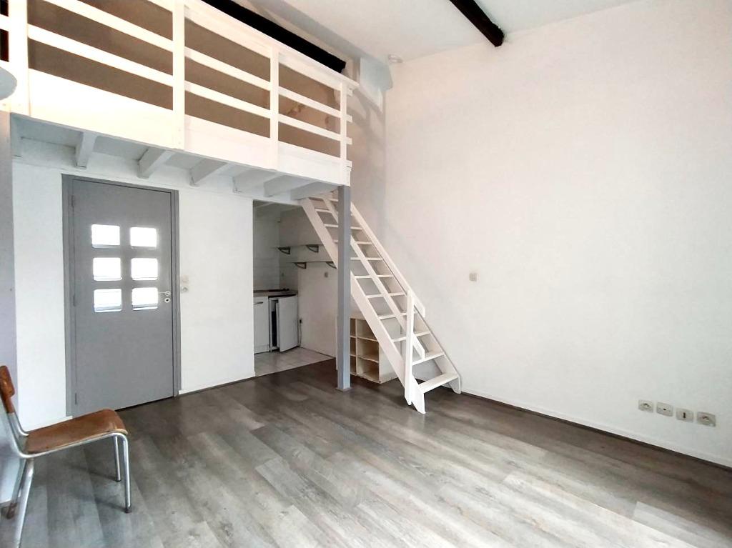 Location appartement - Studio non meublé Vieux Lille