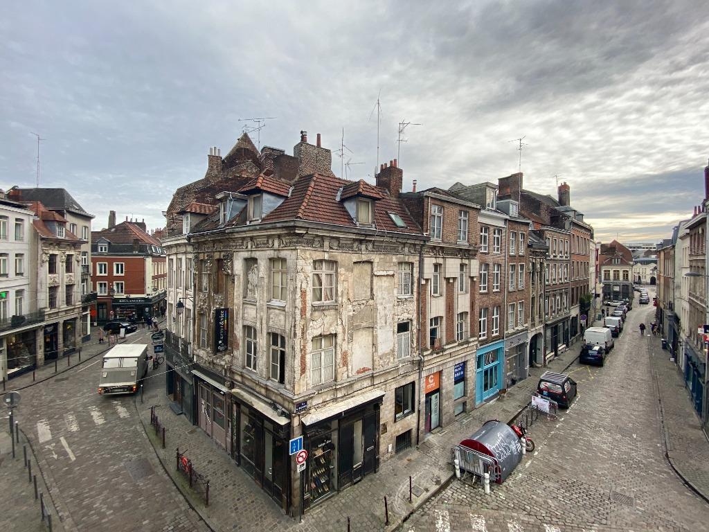 Appartement type 2 Vieux Lille refait à neuf par architecte