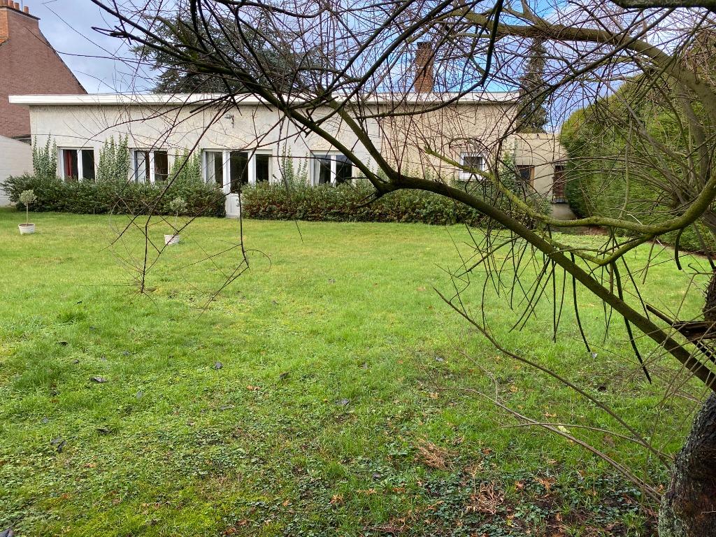 Vente maison 59134 Beaucamps ligny - 5 minutes de Beaucamps Ligny, beau plain-pied à rénover.