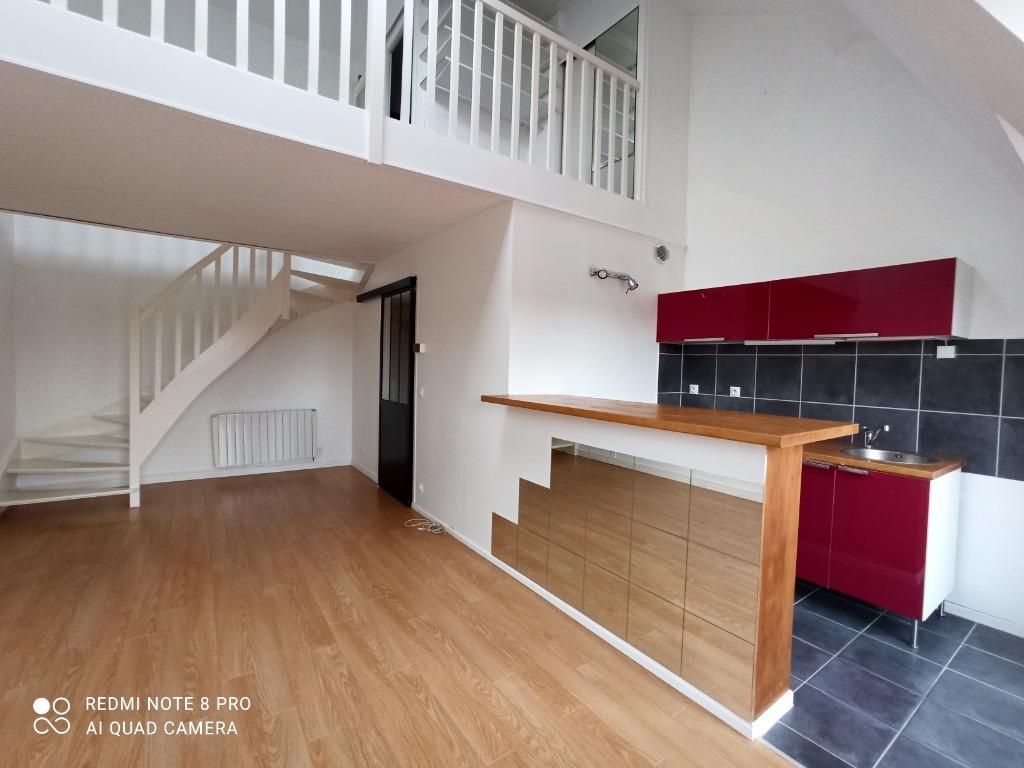 Location appartement 59160 Lomme - Lomme Bourg - Duplex T1Bis- Garage - Non meublé