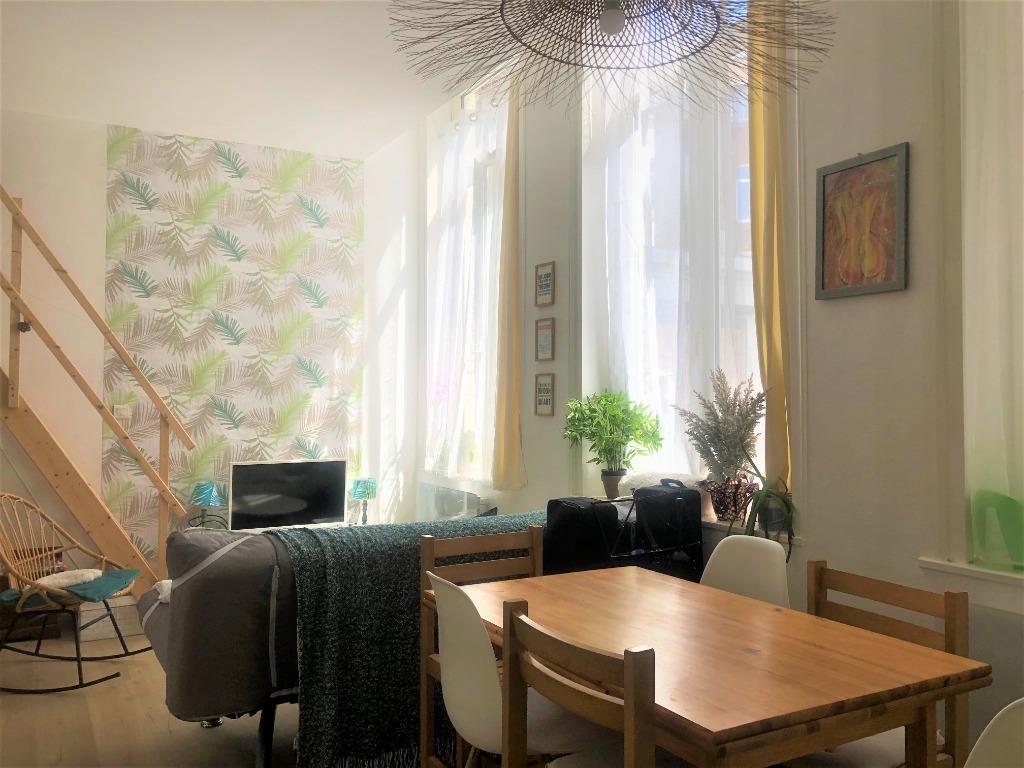 Location appartement 59000 Lille - Superbe t2 bis meublé avec cour secteur Lille Saint Michel