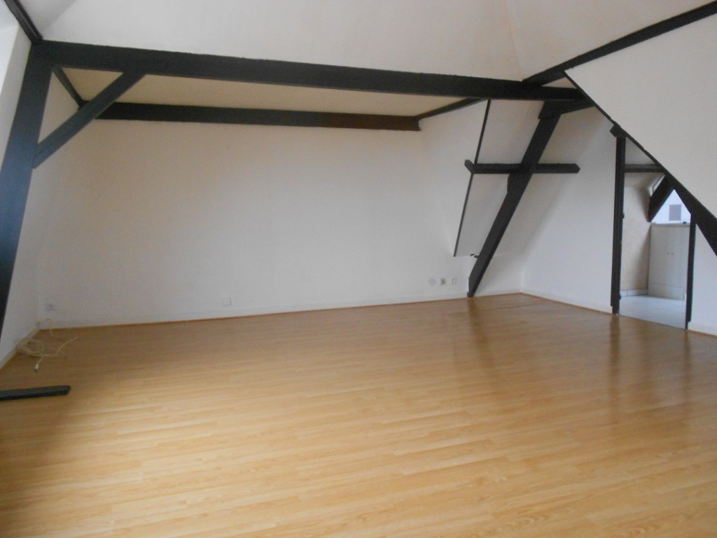 Location appartement 59136 Wavrin - Appartement Type 3  centre ville Wavrin 80 m²