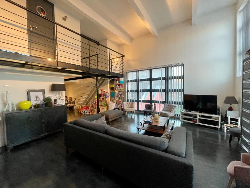 Spacieux loft 120m² - Terrasse - Parkings