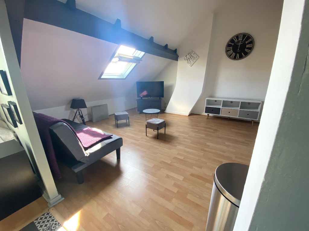 Studio bis vendu meublé - Barthélémy delespaul