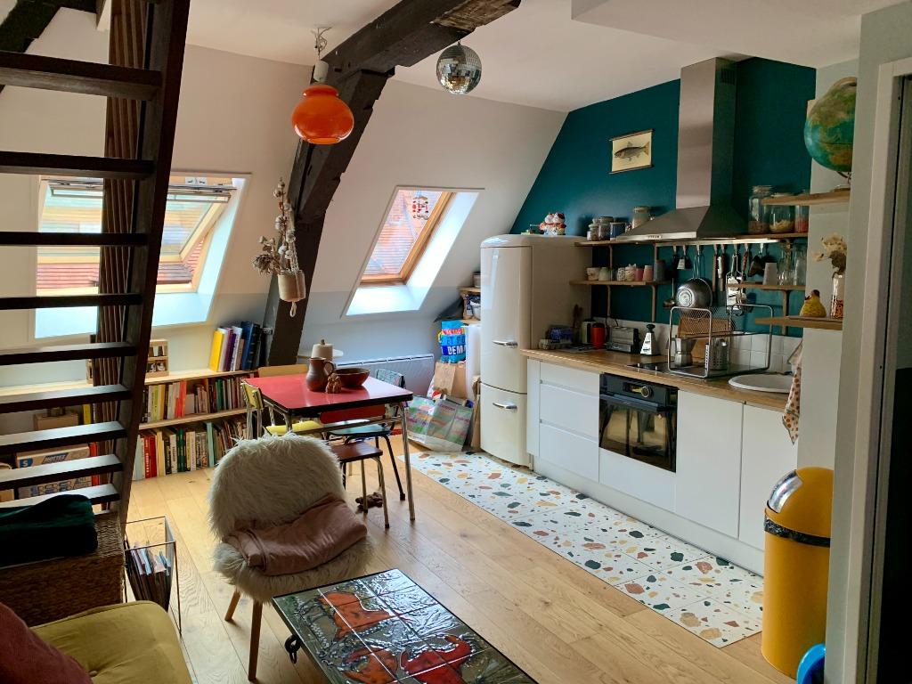 Location appartement - Appartement T2 meublé en duplex - Vieux Lille