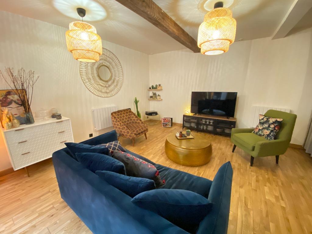 Vente appartement - Vieux Lille, duplex rénové de 58 m2, une chambre