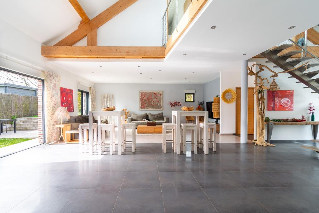 Vente maison - ANCIENNE LONGERE REHABILITEE EN LOFT AU COEUR DE LA CAMPAGNE
