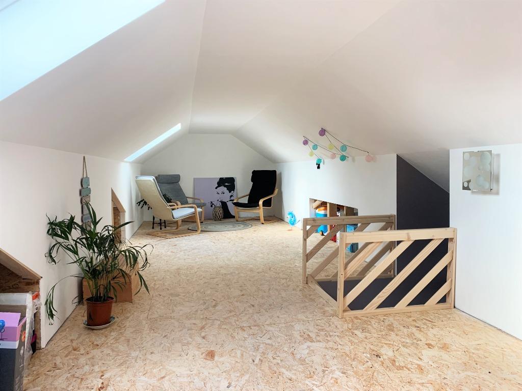 Semi plain-pied individuel 3 chambres, secteur calme