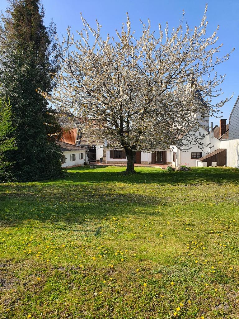 Vente maison 62400 Bethune - Propriété 1851 en cœur de village