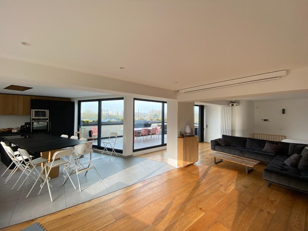 La Madeleine, appartement 195 m2, 5 chambres et terrasse
