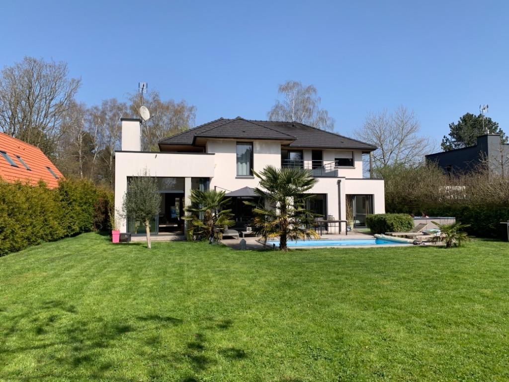 Vente maison - SAILLY LEZ LANNOY - Maison contemporaine individuelle 210m2