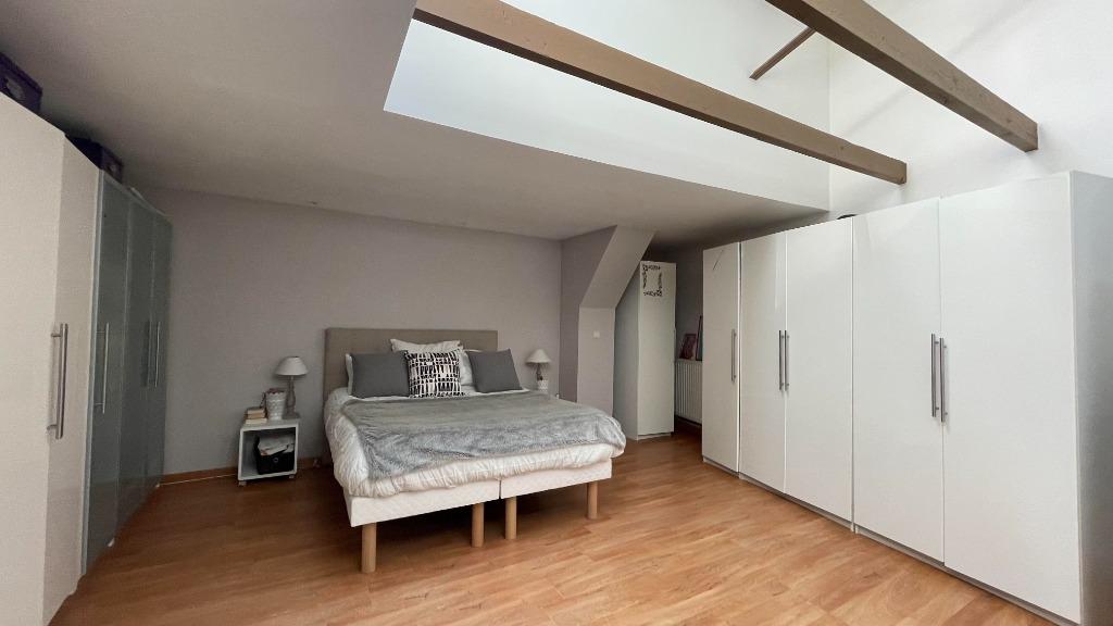 Maison individuelle atypique - 6 chambres - La Madeleine
