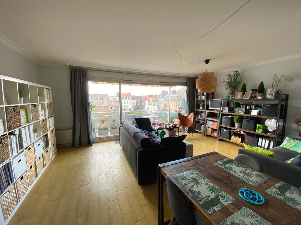 Vente appartement - Spacieux T3, balcon, Parking