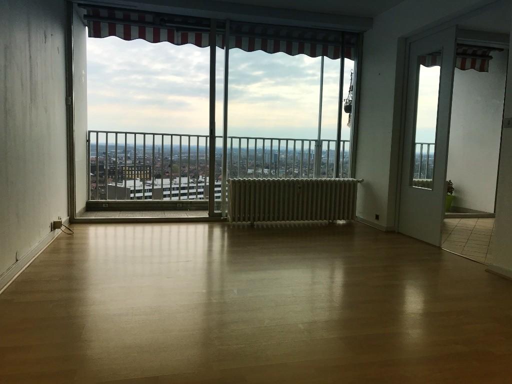 Vente appartement 59100 Roubaix - Appartement 3 pièces 85m²