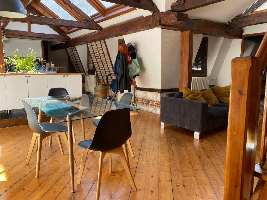 Vente appartement - Vieux Lille, coup de coeur pour ce Type 2 bis