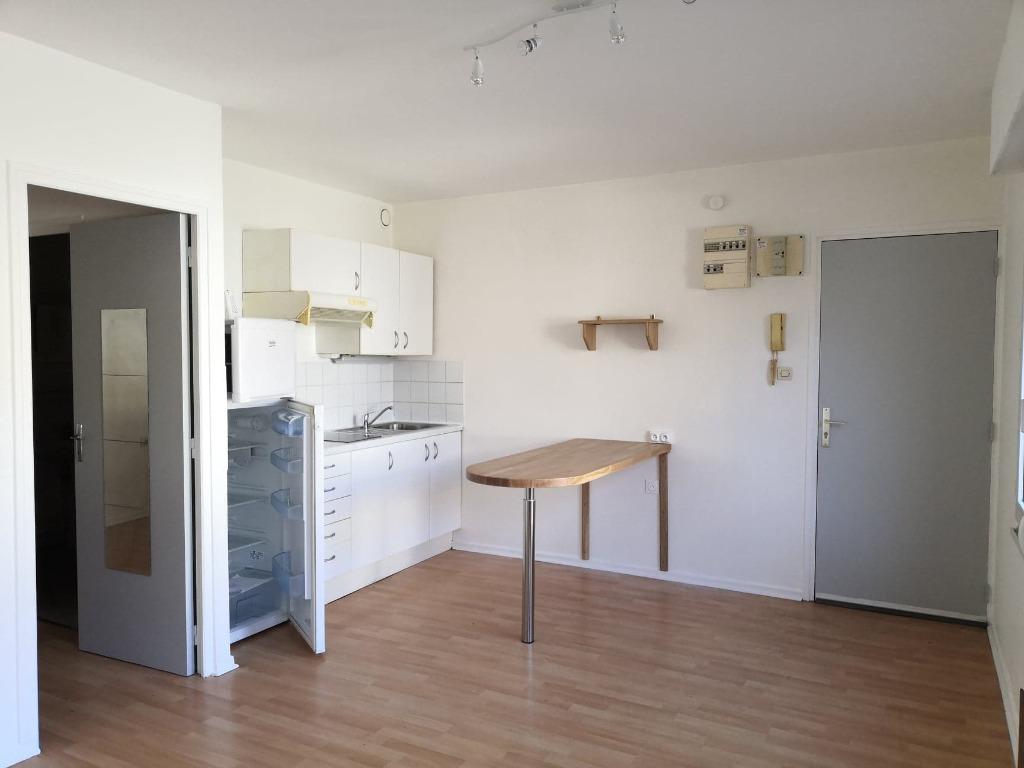 Appartement à louer sur la commune prisée de Santes