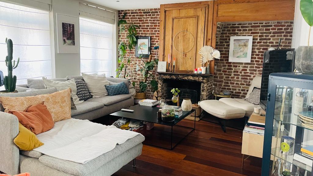 Vente appartement 59000 Lille - T3 de 102m² avec cachet - Saint Sébastien