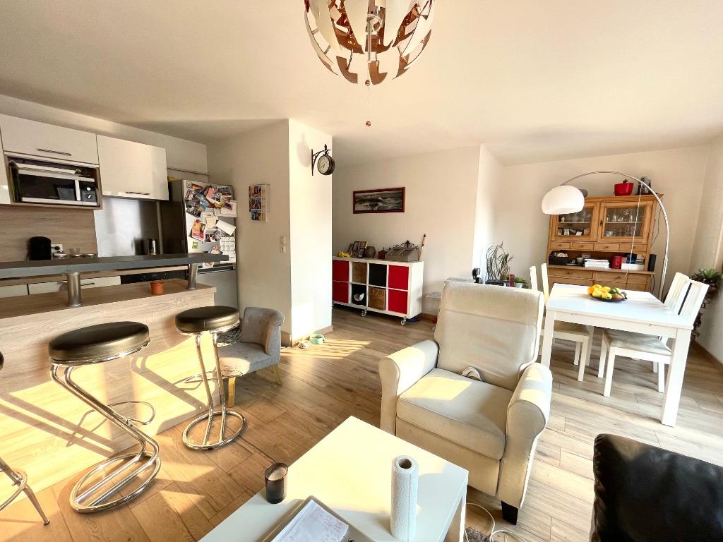 Vente appartement 59000 Lille - T3 balcon parking secteur rue Saint André