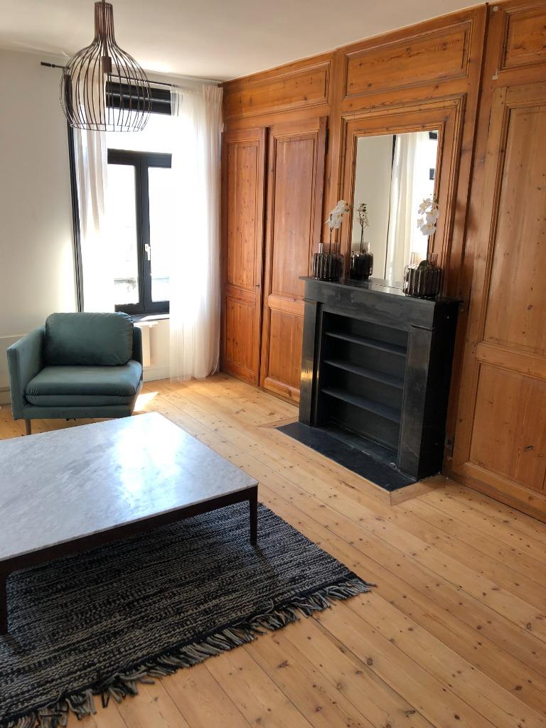 Vente appartement - Lille Centre - Appartement 3 ch. avec cachet