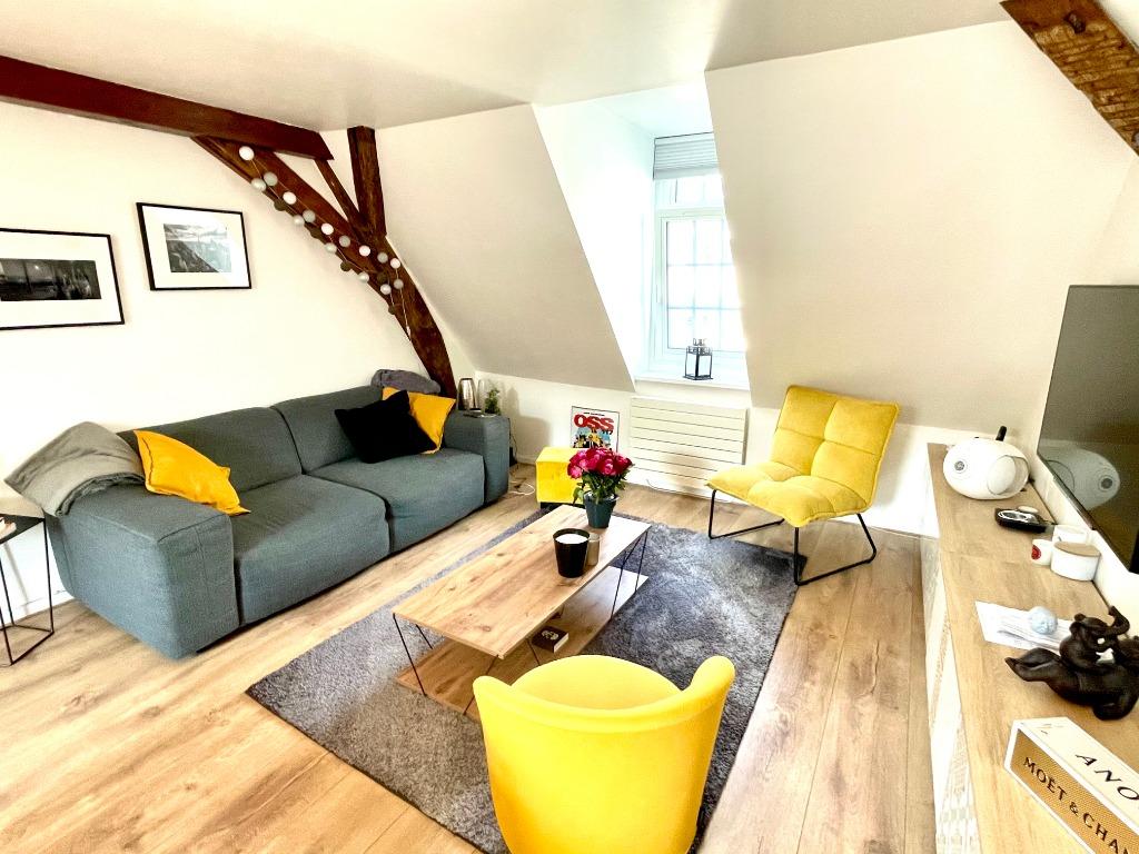 Vente appartement 59000 Lille - Royale T2 en dernier étage de 56m2