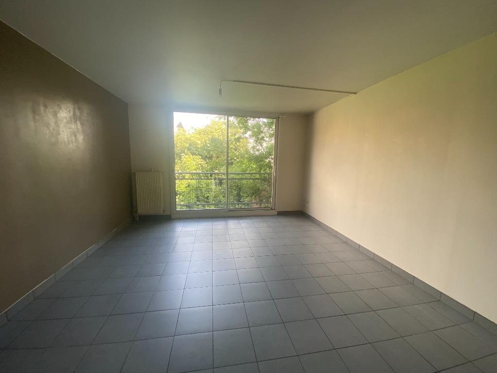 Location appartement 59000 Lille - JB Lebas - T3 non meublé de 65,70m²