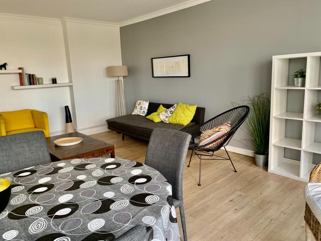 Vente appartement - LILLE MAIRIE TYPE 4 BALCONS ET PARKING
