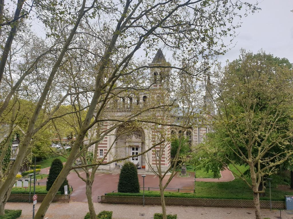 Vente appartement 59000 Lille - Type 4 avec balcon et garage Lille