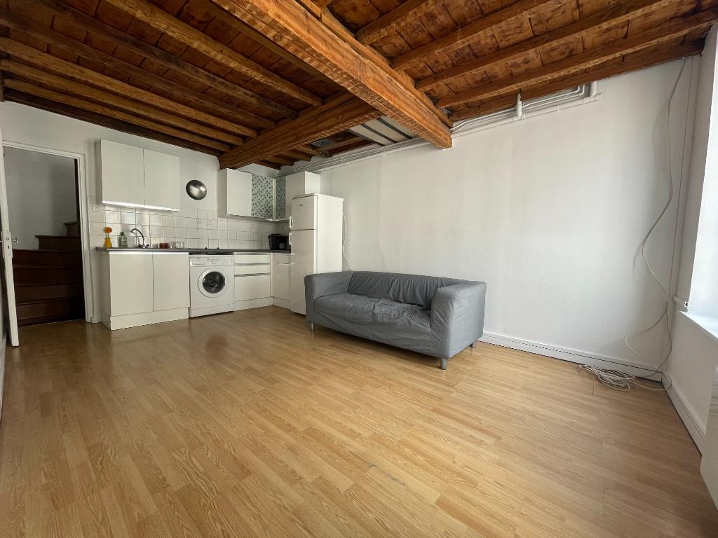Location appartement 59000 Lille - Vieux-Lille - T4 non meublé de 72m²