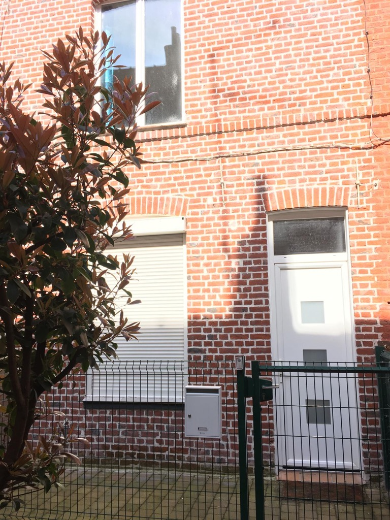 Vente maison - Maison de courée rénovée 46 m²