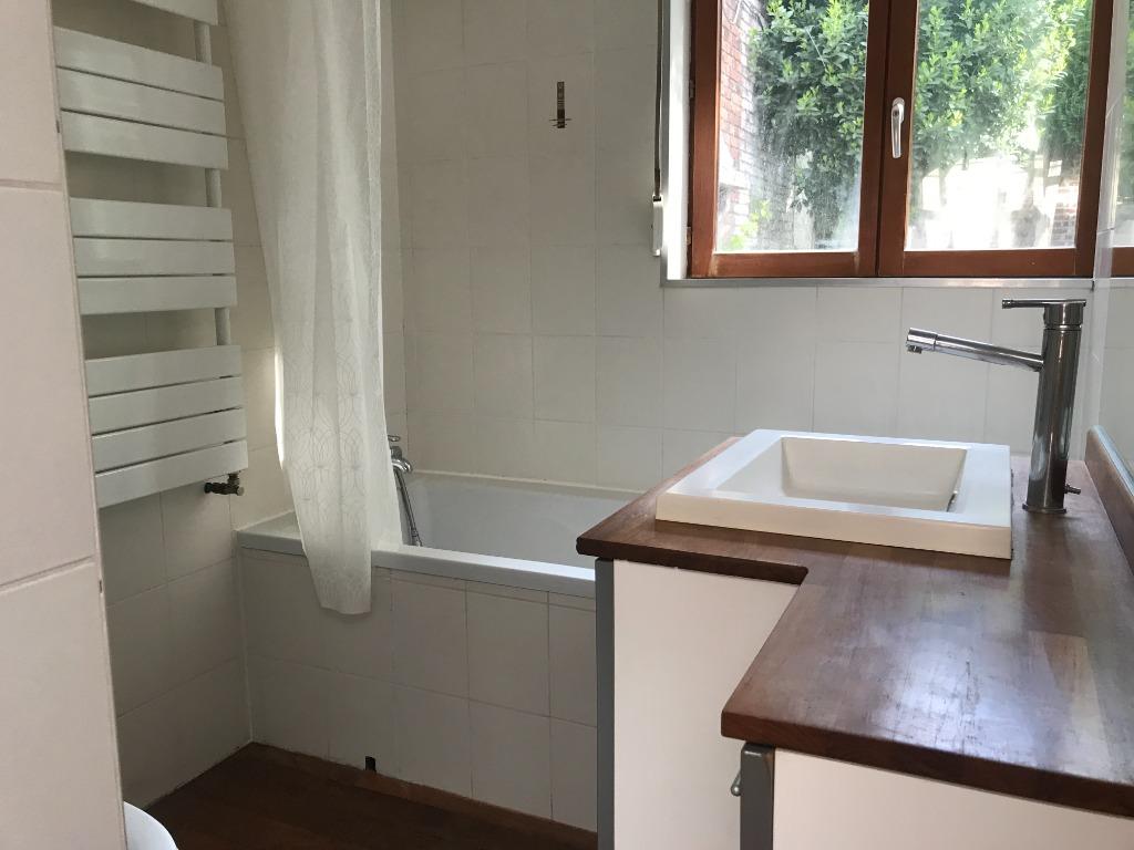 CROIX - Maison avec cachet 4 chambres et jardin