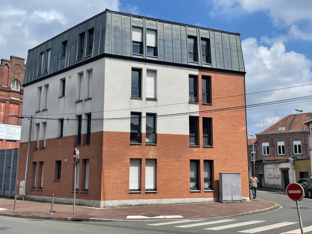 Type 3 avec terrasse et Parking à Tourcoing