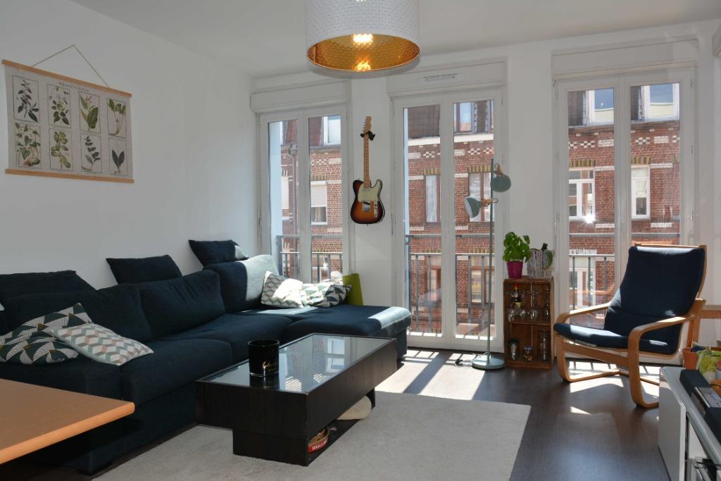 Vente appartement 59000 Lille - Superbe T4 avec balcon et parking