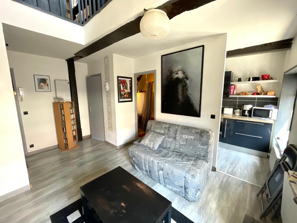 Vente appartement 59000 Lille - T2 Duplex Dernier étage Vieux Lille