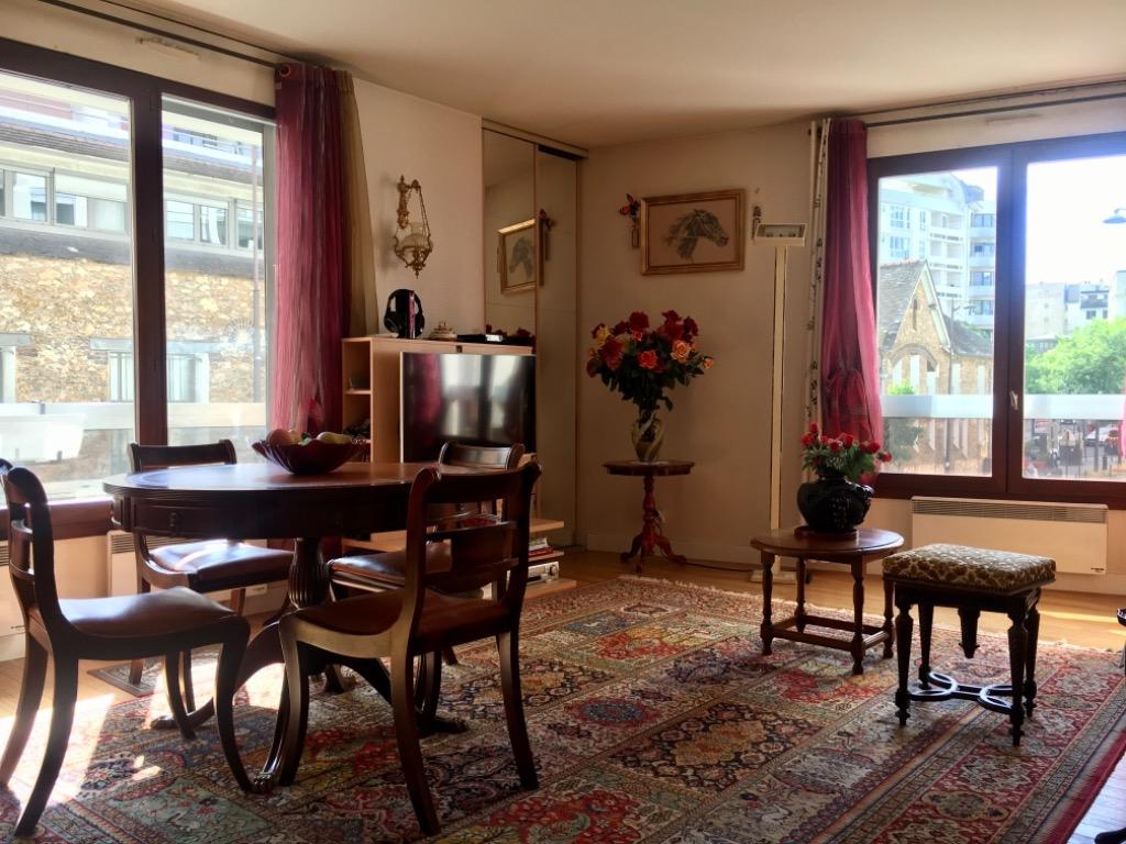 Vente appartement - Paris 20 - Place Gambetta - 3 pièces dans résidence récente