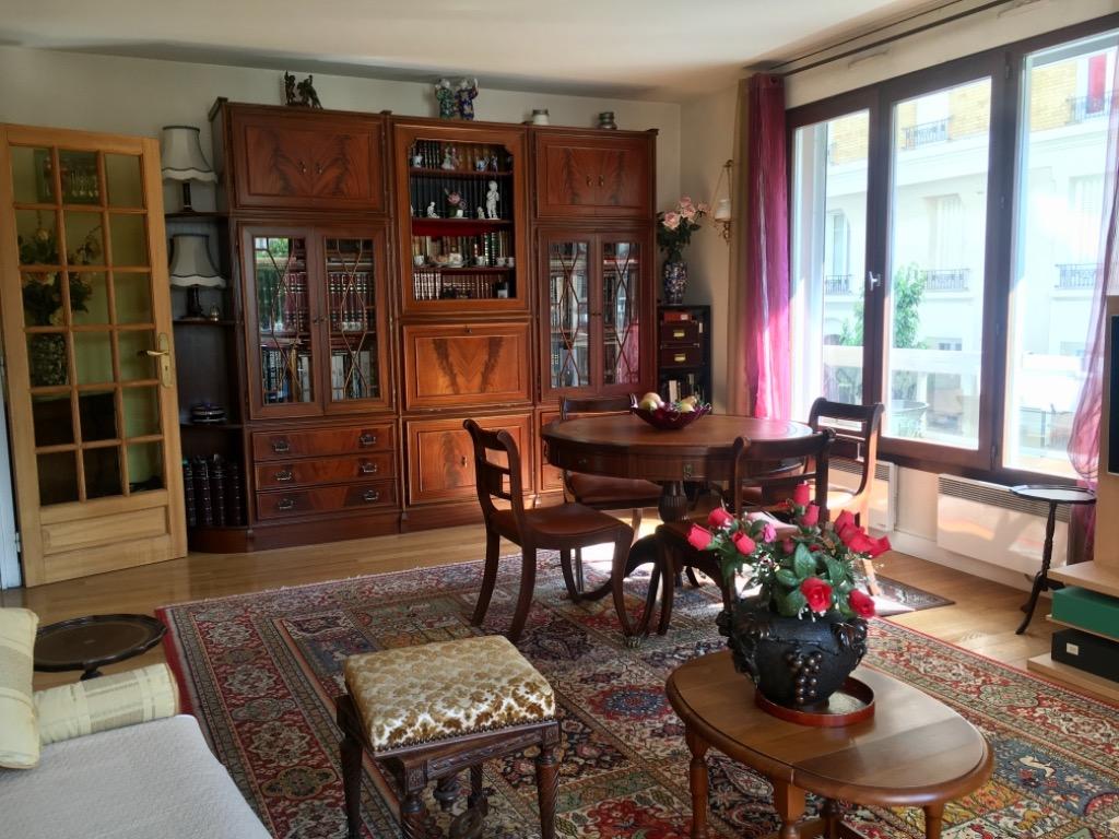 Paris 20 - Place Gambetta - 3 pièces dans résidence récente