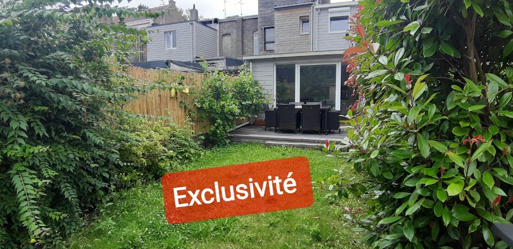 Vente maison 59000 Lille - LILLEA 5 MN CHR (à pied et métro)  1930 2ches+bureau jardin