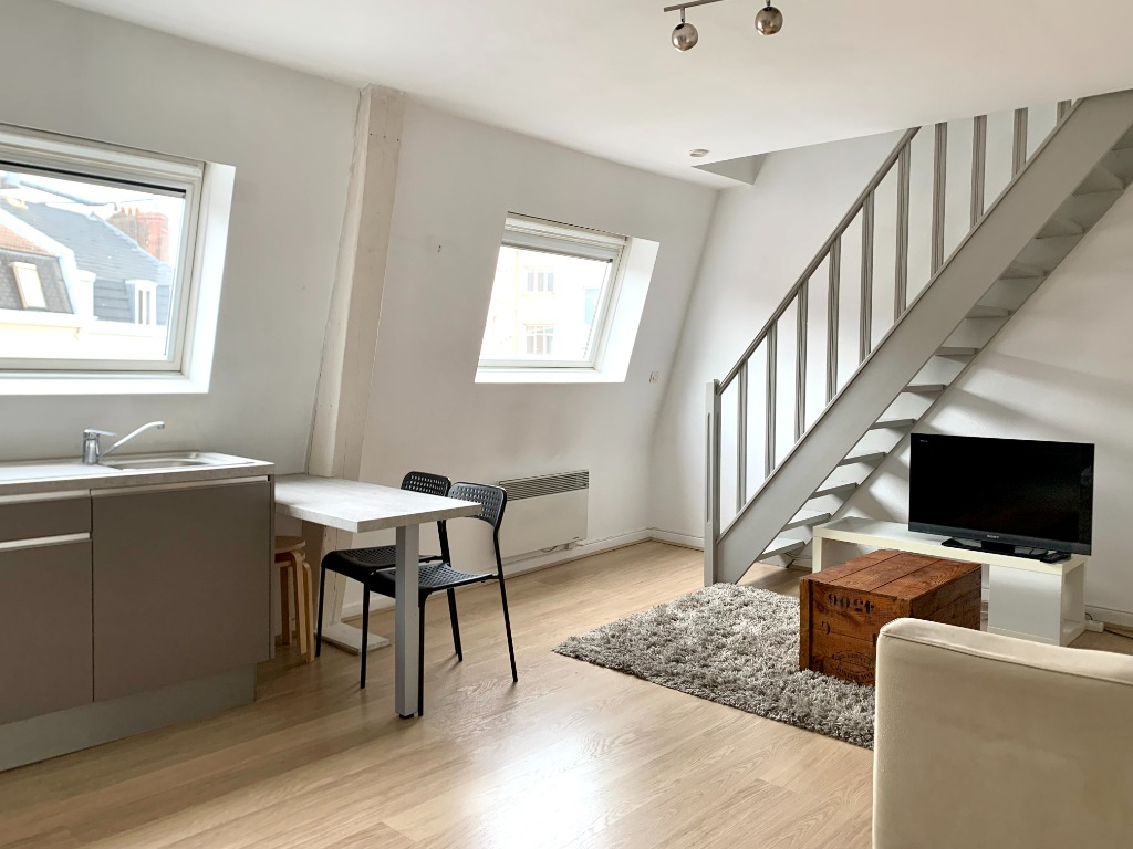 Vente appartement - Type 1 bis en duplex idéalement placé
