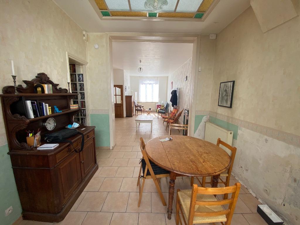 Maison 3 chambres avec cour