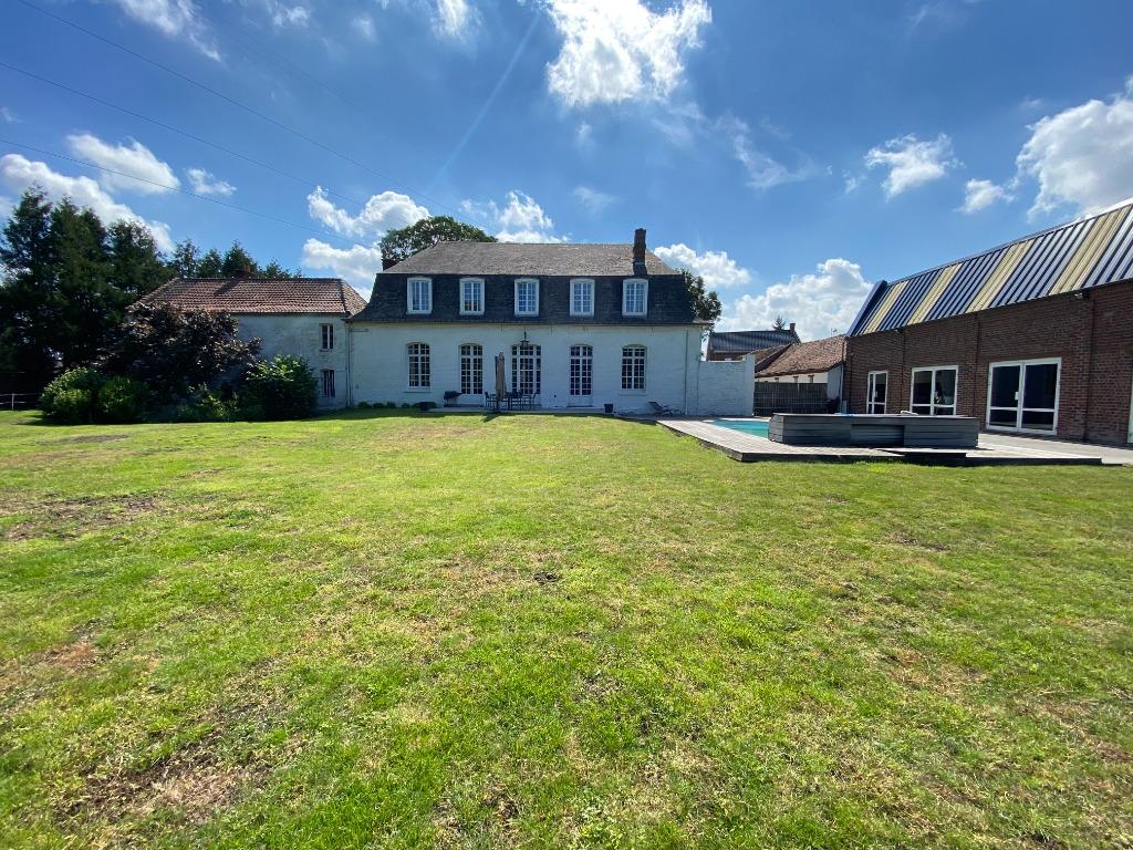 Vente maison - Superbe batisse du XIX, 6800 m2 terrain et dépendances