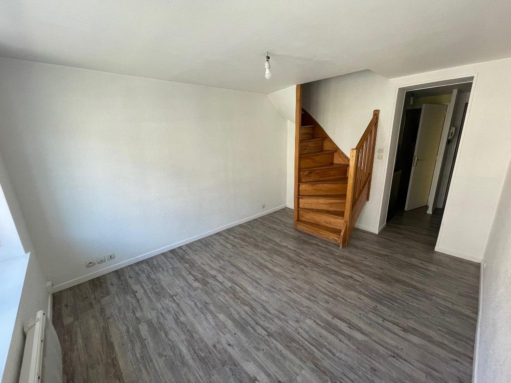 Location appartement 59130 Lambersart - Appartement type 2 en duplex au pied du métro