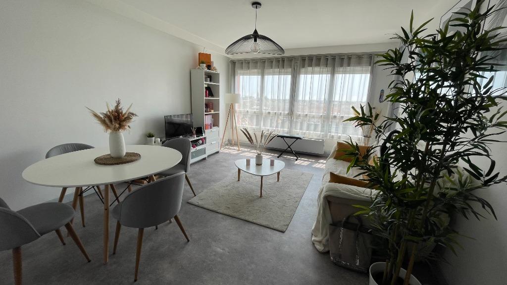 Vente appartement 59000 Lille - Type 2 rue Nationale avec Parking !
