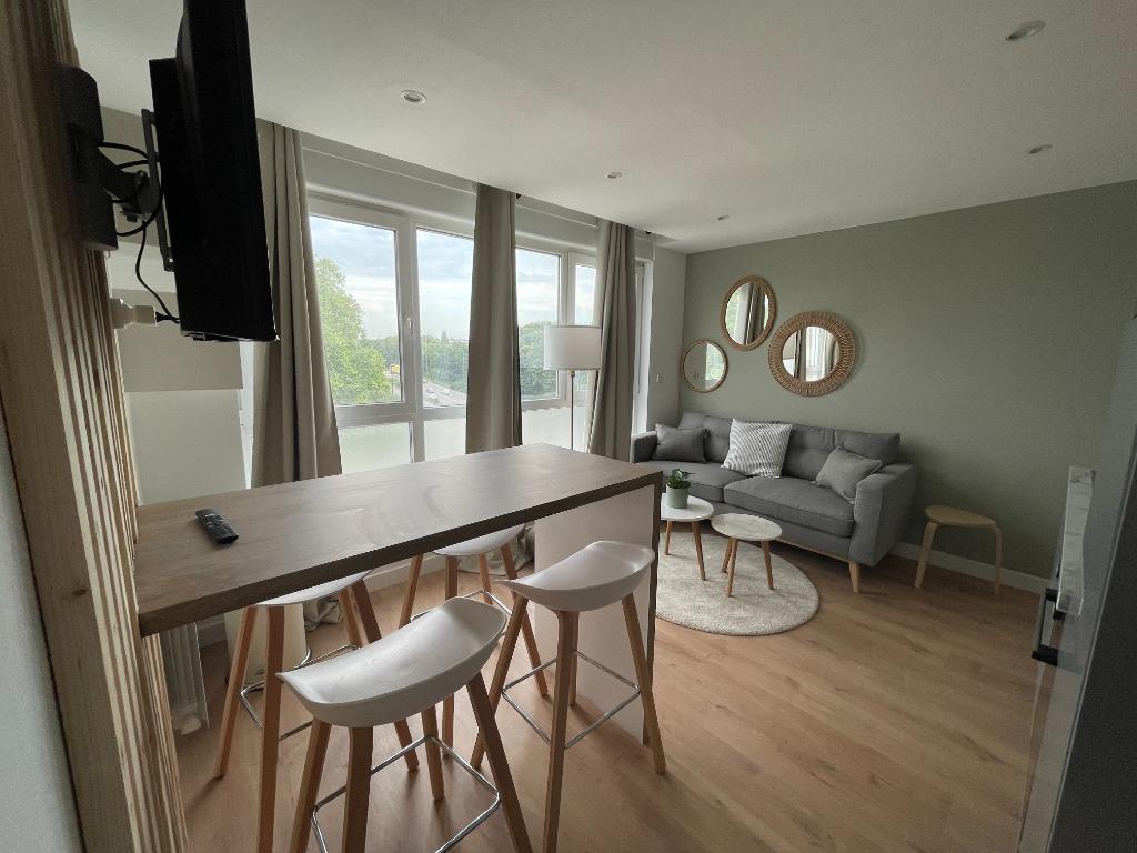 Location appartement 59000 Lille - MAGNIFIQUE TYPE 5 MEUBLÉ - LILLE SUD JARDIN DES PLANTES