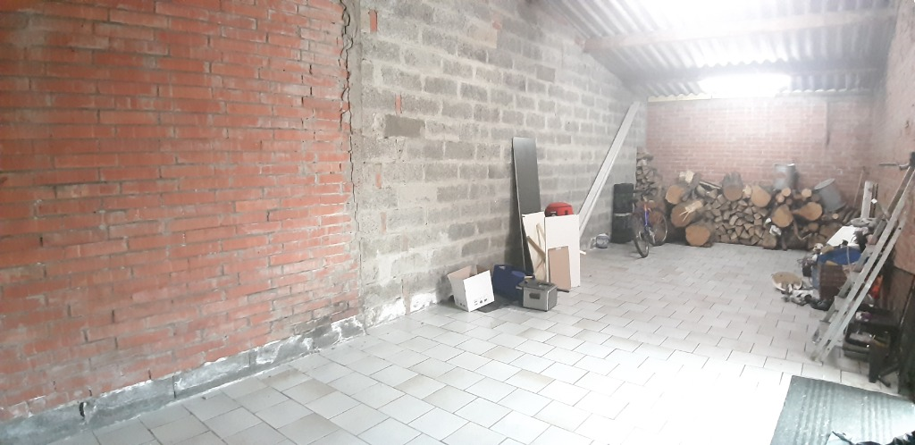 wavrin  maison  4 chambres jardin garages ..Bcp Possibilités