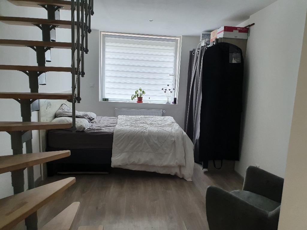 commerce + habitation 5 chambres Attiches